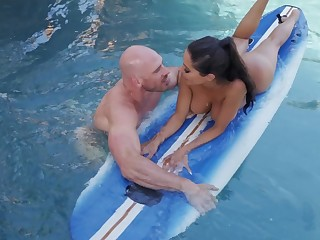 Great unify fuck with the surfing trainer for busty Lela Star