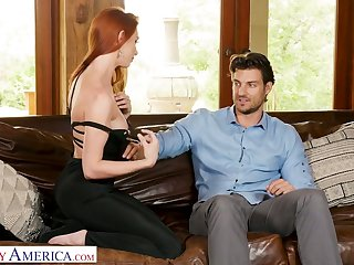 Hot like fore ginger bitch Lacy Lennon gets into pants of handsome neighbor
