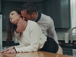 Awesome housewife Casey Calvert gets her pussy fucked and licked in the kitchen