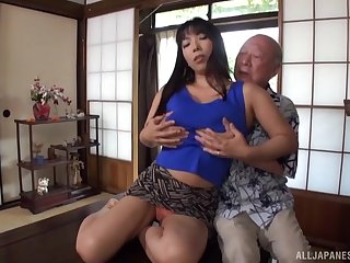 Older guy feed his sexy friend with his hard penis on the couch
