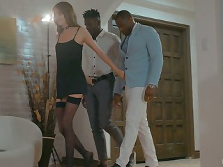 White babe Zoe Sparx will never forger rendezvous with two black boyfriends