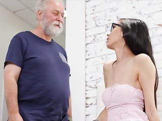 Chubby old fucker can't ignore his attraction to a sexy young woman