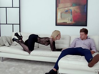 Slutty blonde wife Di Devi drops her dress to be fucked in her bum