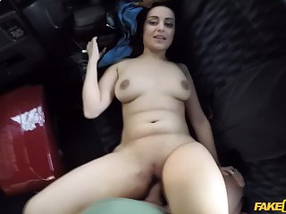 Kristof fucked Yasmeena on the backseat of his car