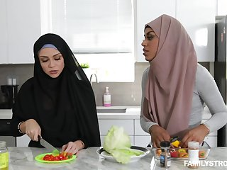 Arab chick Milu Blaze sucks a dick and gets fucked in her pussy