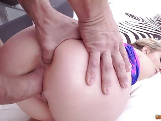 Dirty whore Jemma Valentine gives a blowjob and licks nuts before hardcore pussy pounding